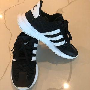 adidas Shoes - Adidas Flashback Sneaker